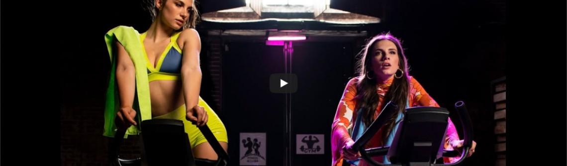 Maan lanceert nieuwe single 'Zo Kan Het Dus Ook'